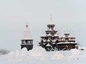 Tour a Kizhi in inverno